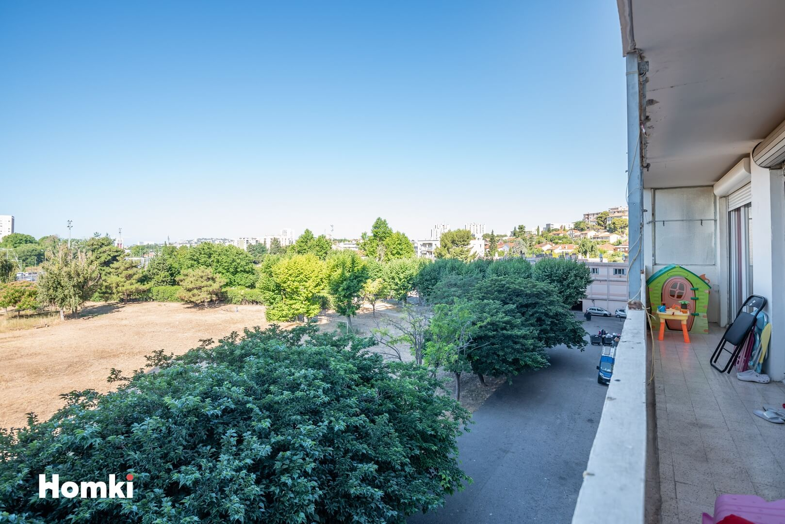 Homki - Vente Appartement  de 68.0 m² à Marseille 13011